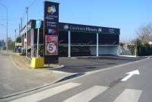 2009 CONSTRUCTION MAGASIN CAREMENT FLEURS A LE PASSAGE - VRD